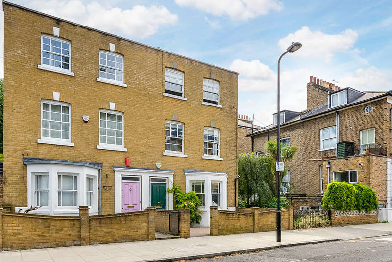 3 Bedrooms Semi Detached House for sale in St Philip's Road, E8 3BP