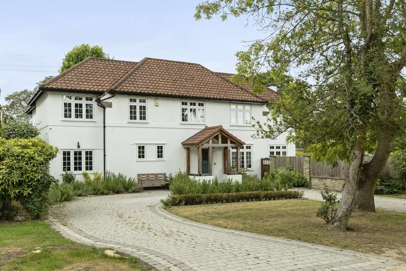 5 Bedrooms Detached House for sale in Fee Farm Road, Claygate, KT10