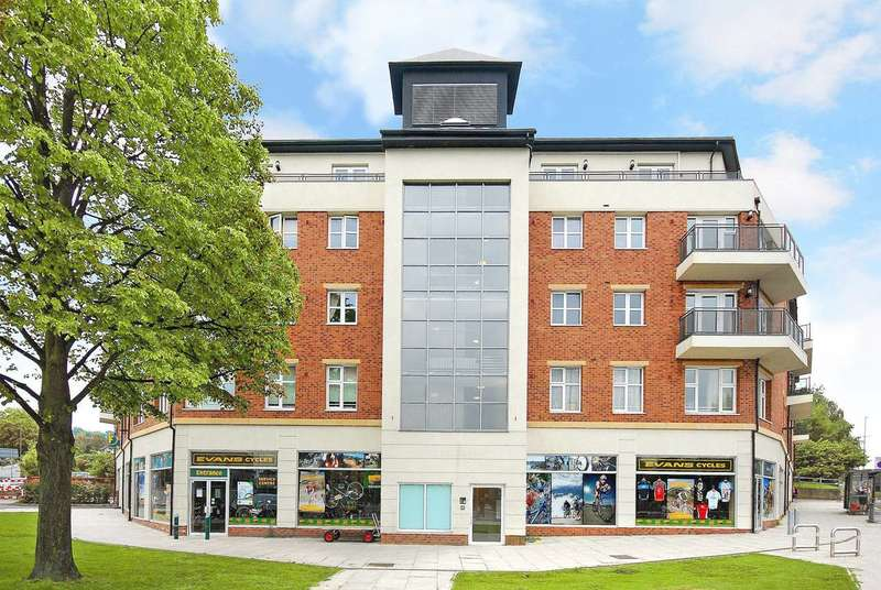 Studio Flat for sale in Greyhound Hill, Hendon, NW4