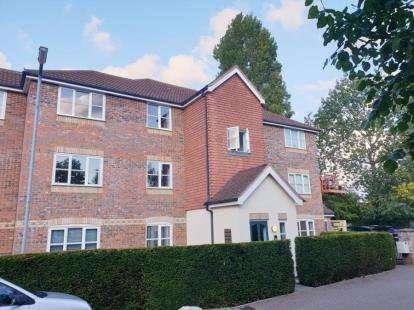 1 Bedroom Flat for sale in Whitehead Way, Aylesbury