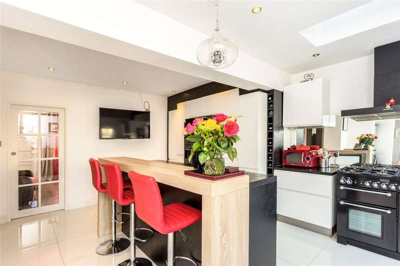 4 Bedrooms House for sale in Staveley Gardens, Chiswick, W4