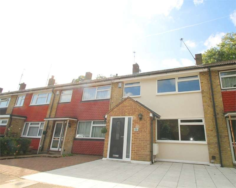 3 Bedrooms Terraced House for sale in Hydefield Close, N21