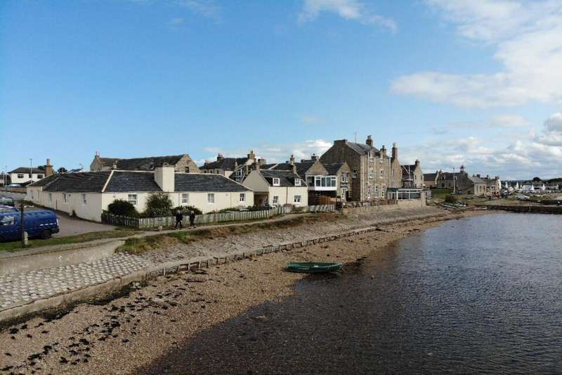 3 Bedrooms Semi Detached House for sale in Waterfront, Findhorn, Forres, Morayshire, IV36
