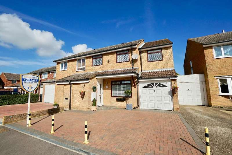 4 Bedrooms Semi Detached House for sale in Bowcombe, Netley Abbey, Southampton, SO31 5GP