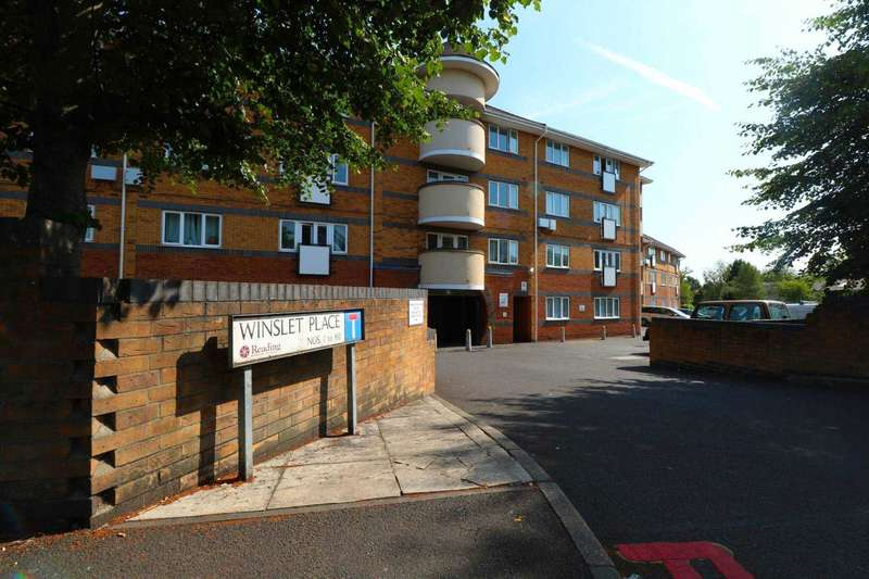 2 Bedrooms Flat for sale in Winslet Place, Reading