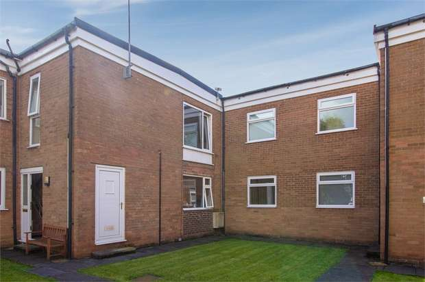 2 Bedrooms Flat for sale in Sharley Fold, Longridge, Preston, Lancashire