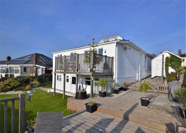 5 Bedrooms Detached House for sale in Launceston Road, Callington, Cornwall