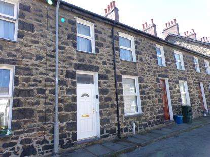 Terraced House for sale in David Street, Penmaenmawr, Conwy, ., LL34