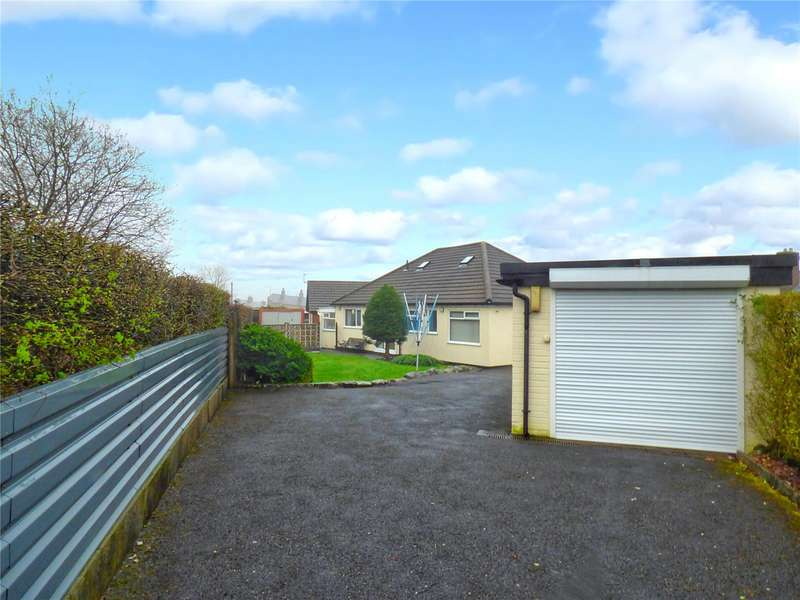 5 Bedrooms Detached Bungalow for sale in Sholver Hill Close, Moorside, Oldham, Greater Manchester, OL1