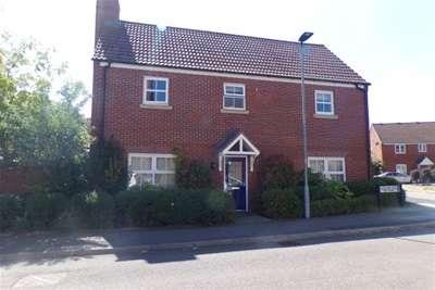 4 Bedrooms Detached House for rent in Langlands Road, MK41