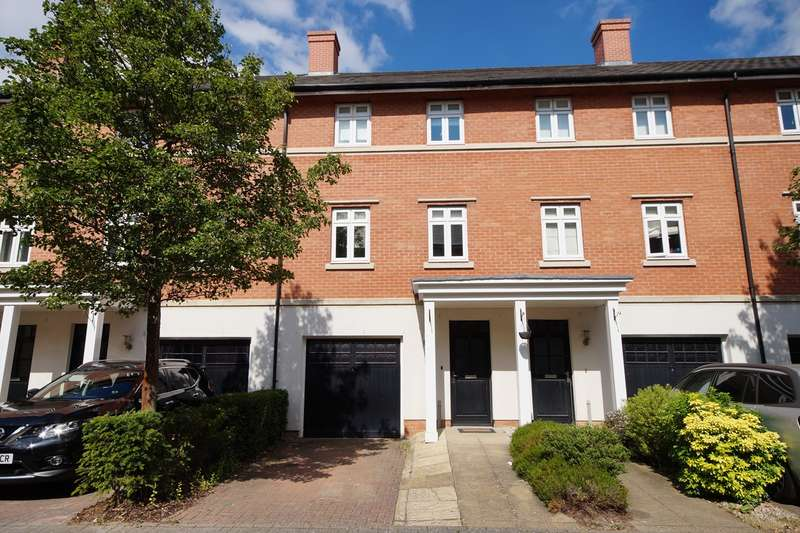 4 Bedrooms Town House for sale in Broad Mead, Lower Earley, Reading, RG6