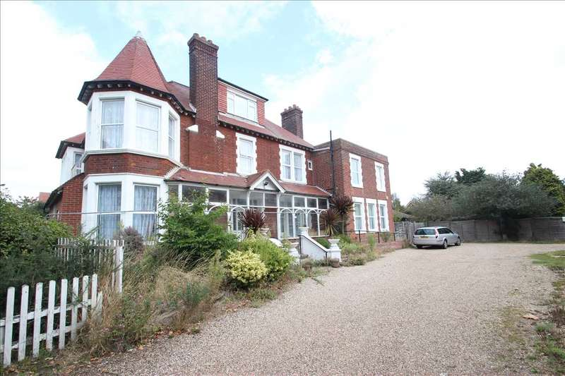 22 Bedrooms Detached House for sale in Dunedin Residential Home, 10 Connaught Gardens East, Clacton-on-Sea
