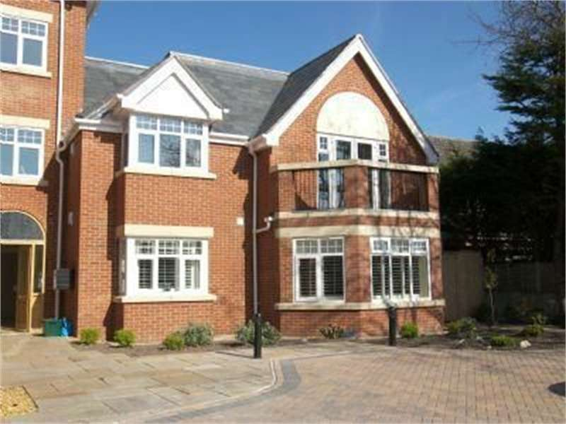2 Bedrooms Flat for rent in Barkfield Mansions, 6a Wicks Lane, Formby, FORMBY, Liverpool, Merseyside
