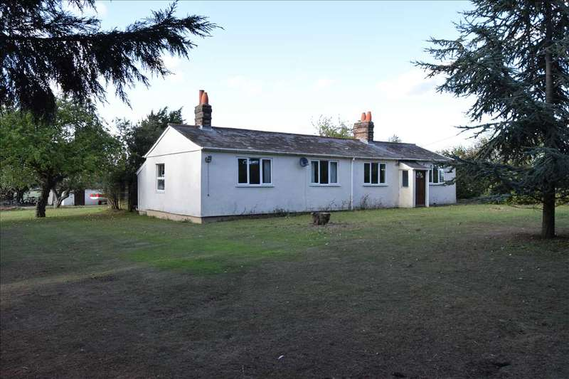 3 Bedrooms Bungalow for sale in Well House Bungalow, Littley Green Road, Howe Street, Chelmsford