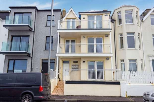 2 Bedrooms Flat for sale in Eglinton Street, Portrush, County Antrim