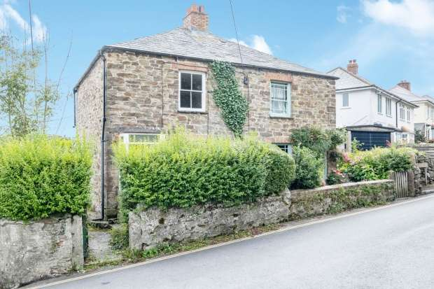 2 Bedrooms Semi Detached House for sale in Summers Street, Lostwithiel, Cornwall, PL22 0DH