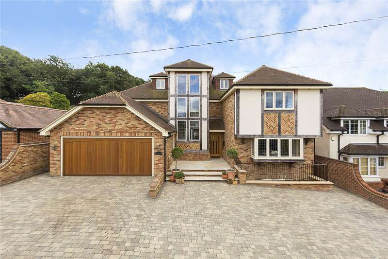 5 Bedrooms Detached House for sale in Westley Road, Langdon Hills, Essex, SS16