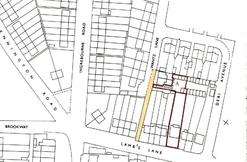 3 Bedrooms Detached Bungalow for sale in Lambs Lane South, Rainham, RM13