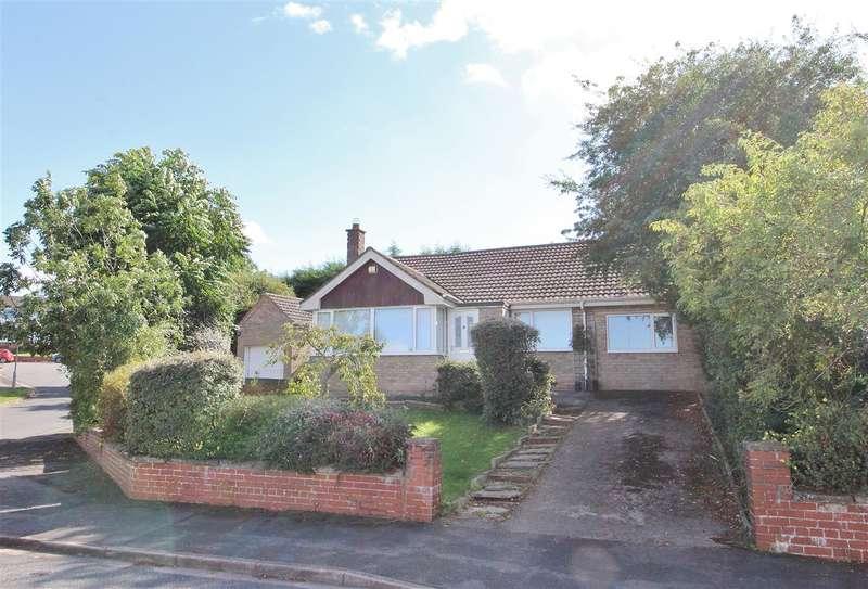 4 Bedrooms Bungalow for sale in Westside Avenue, Grantham