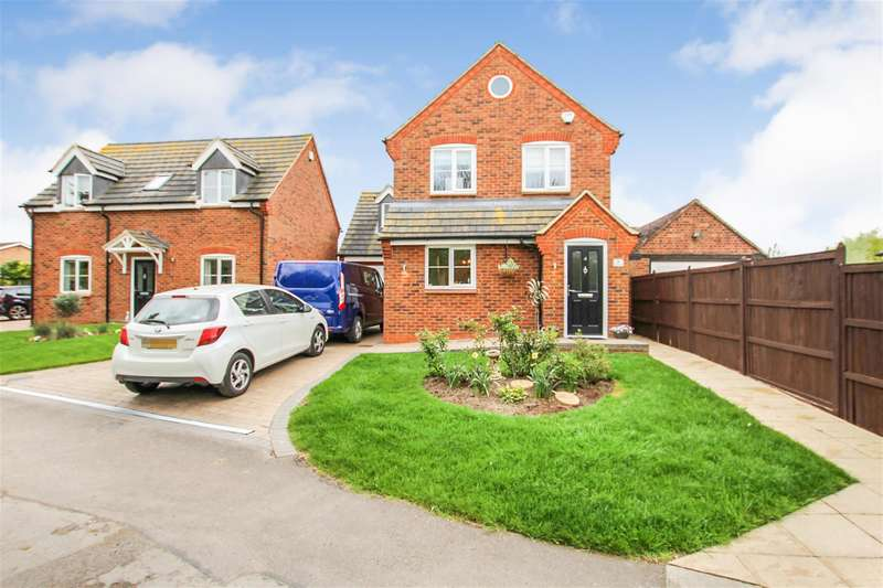 3 Bedrooms Detached House for sale in Moor End Lane, Eaton Bray