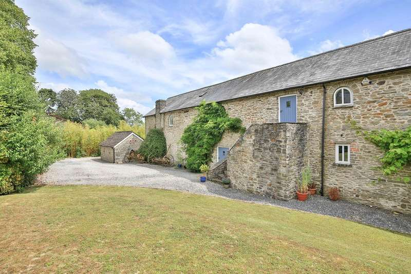 4 Bedrooms Barn Conversion Character Property for sale in Lanelay Court, Talbot Green, Pontyclun