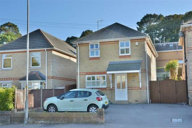 3 Bedrooms Detached House for sale in Surrey Road, Poole