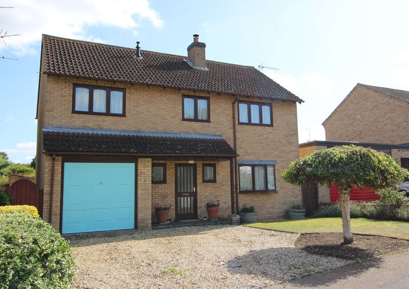 4 Bedrooms Detached House for sale in Noel Murless Drive, Newmarket