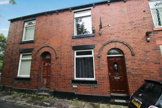 2 Bedrooms Terraced House for sale in Cooper Street, Rochdale, Greater Manchester, OL12 9QX
