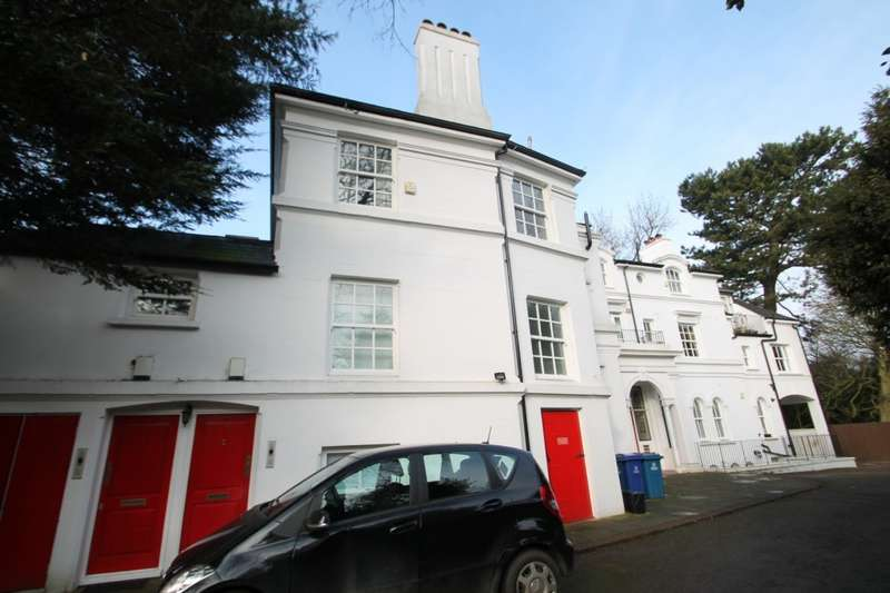 2 Bedrooms Apartment Flat for rent in West Hill Hall, West Hill, Harrow on the Hill, HA2