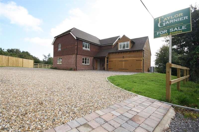 4 Bedrooms House for sale in Funtley - Nr Wickham