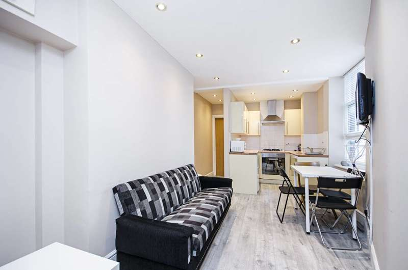 2 Bedrooms Flat for sale in Brett Road, Hackney, E8