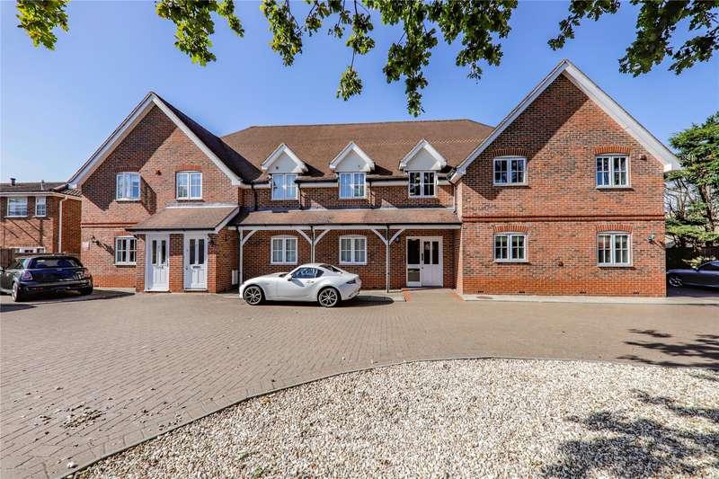 2 Bedrooms Apartment Flat for sale in Glendale Court, King Street Lane, Wokingham, Berkshire, RG41
