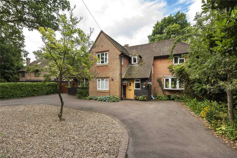 4 Bedrooms Detached House for sale in St. Johns Road, Penn, Buckinghamshire, HP10