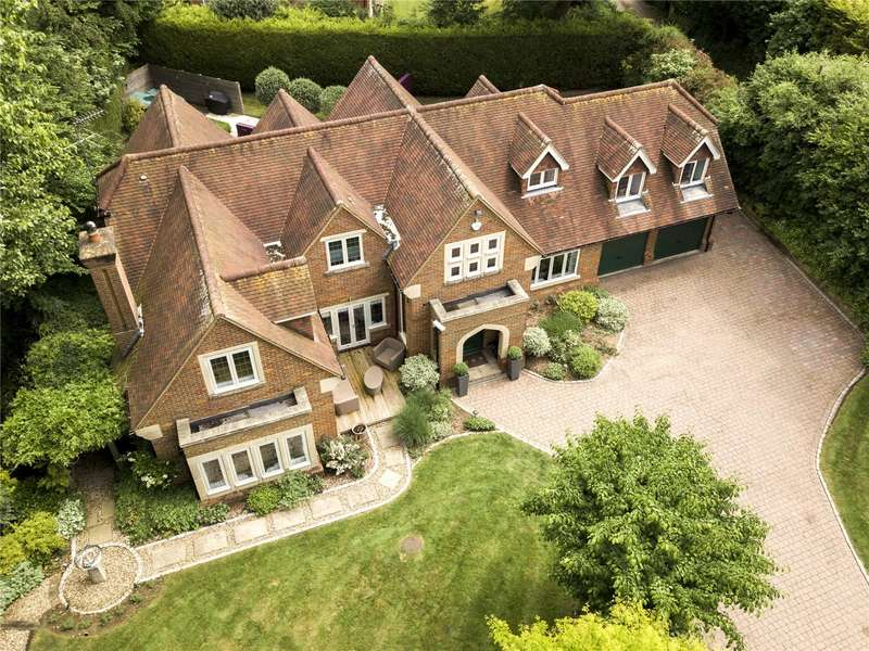 5 Bedrooms Detached House for sale in Kings Lane, Cookham, Maidenhead, Berkshire, SL6