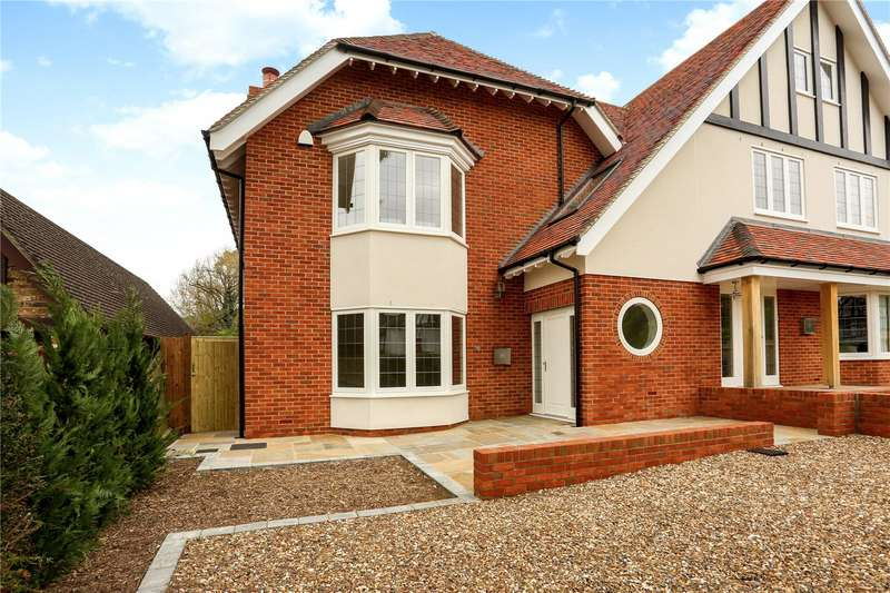 4 Bedrooms Semi Detached House for sale in Oakfield Road, Ashtead, Surrey, KT21