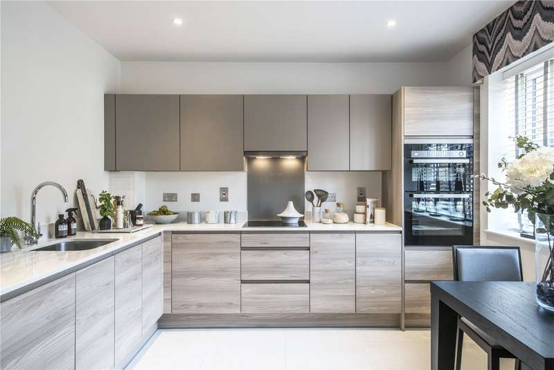 3 Bedrooms House for sale in Cottage Walk, Godalming, Surrey, GU7