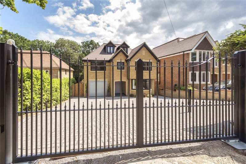 5 Bedrooms Detached House for sale in Daleside, Gerrards Cross, Buckinghamshire, SL9