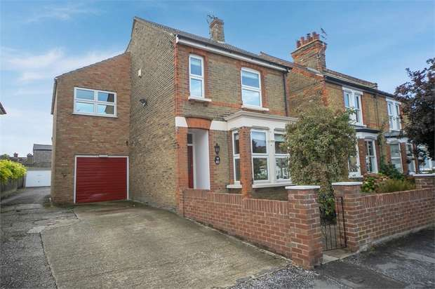 3 Bedrooms Detached House for sale in Briton Road, Faversham, Kent
