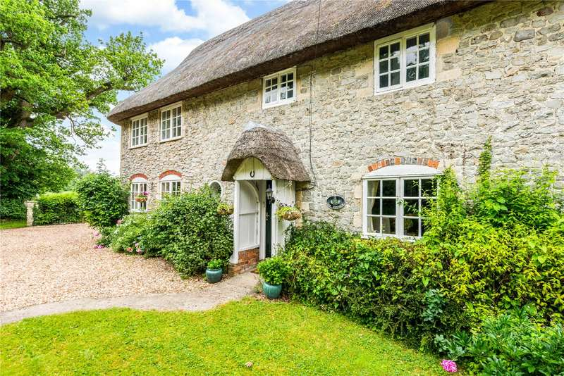 3 Bedrooms Semi Detached House for sale in Oak Cottages, Wilcot, Pewsey, Wiltshire, SN9