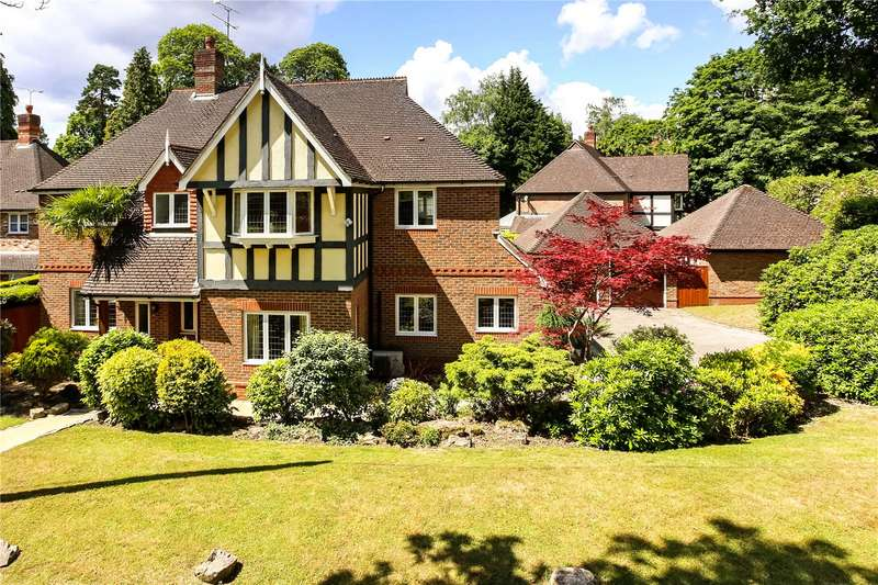 5 Bedrooms Detached House for sale in Heatherdale Road, Camberley, Surrey, GU15