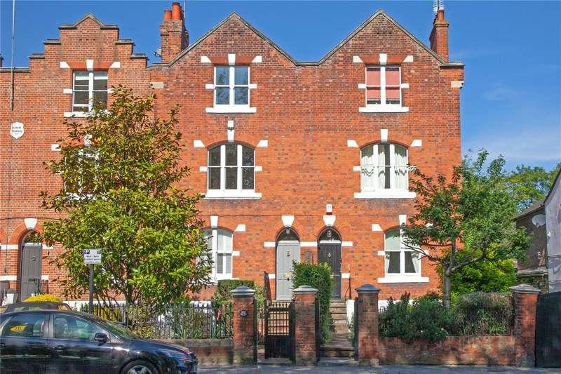 4 Bedrooms Terraced House for sale in Kings Road, Windsor, Berkshire, SL4