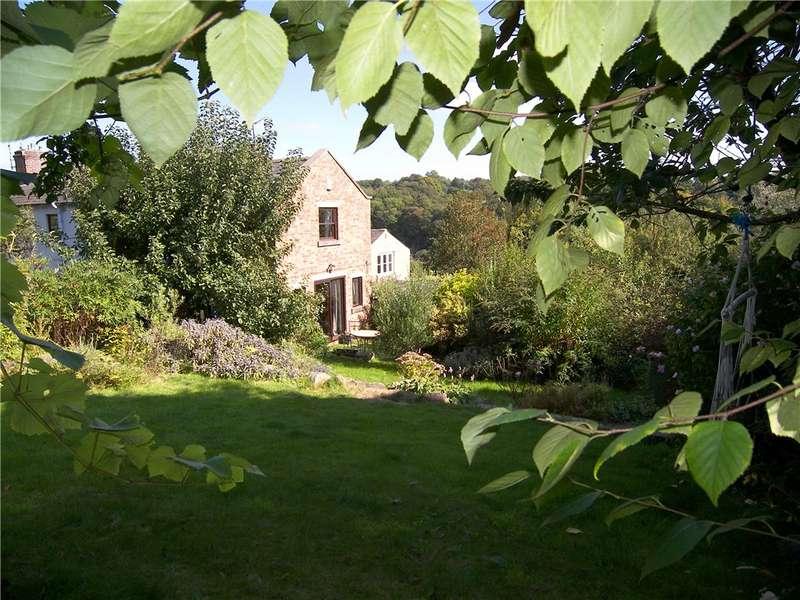 3 Bedrooms End Of Terrace House for sale in Sunny Hill, Milford, Belper, Derbyshire, DE56