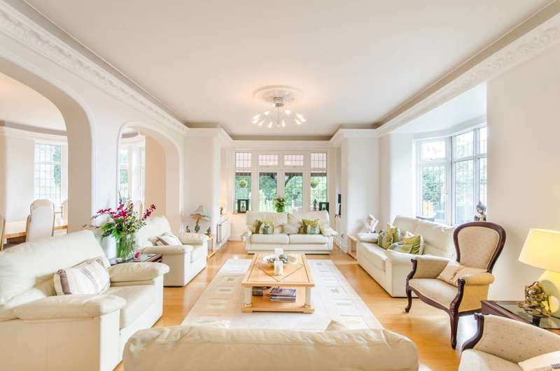 7 Bedrooms House for sale in Woodgate Crescent, Northwood, HA6