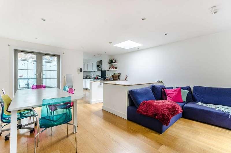 3 Bedrooms Maisonette Flat for sale in King's Cross, King's Cross, WC1H