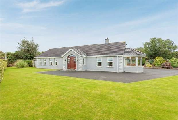 4 Bedrooms Detached Bungalow for sale in Scaddy Road, Downpatrick, County Down