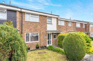 3 Bedrooms Terraced House for sale in Martlet Road, Petworth, West Sussex