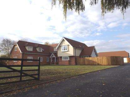 5 Bedrooms Detached House for sale in Little Tey, Colchester, Essex