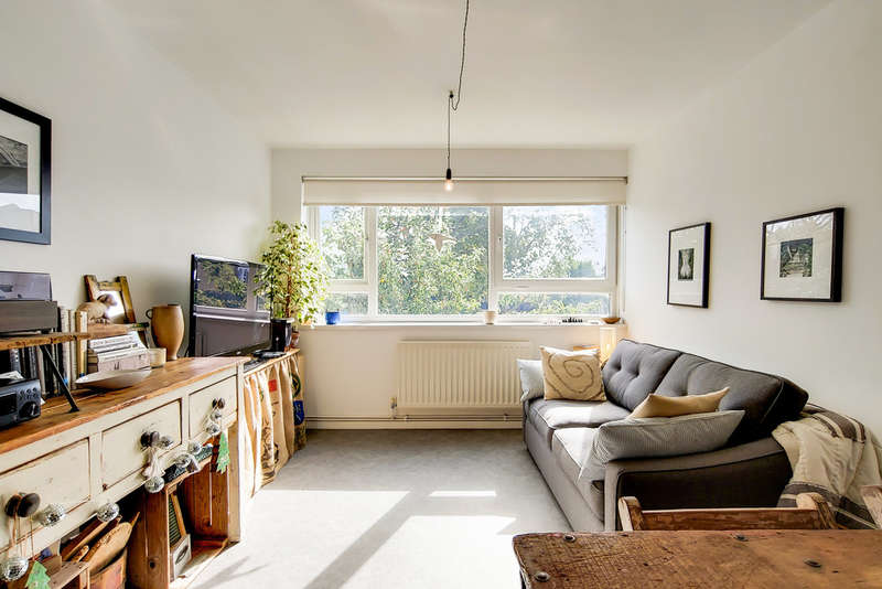 1 Bedroom Flat for sale in Finsbury Park, London