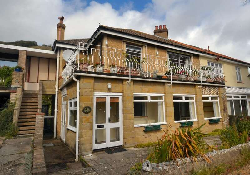 2 Bedrooms Ground Flat for sale in Madeira Road, Ventnor