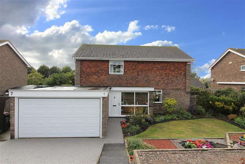 4 Bedrooms Detached House for sale in Cliff Road, Hythe, CT21 5XE